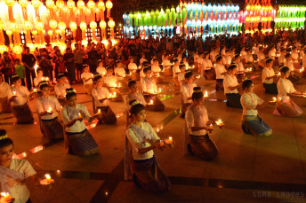 Candle dancers Loy Krathong 2014