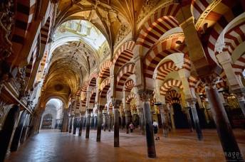 Arches, Mezquita de Córdoba, Cordoba, Spain