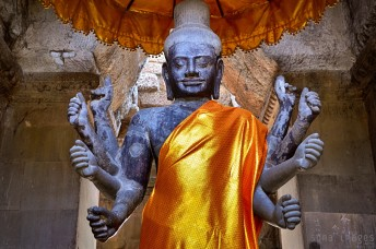 Entryway statue, Angkor Wat, Cambodia